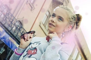 Познакомиться сдевушкой 14-15 лет интим знакомства за деньги город минск