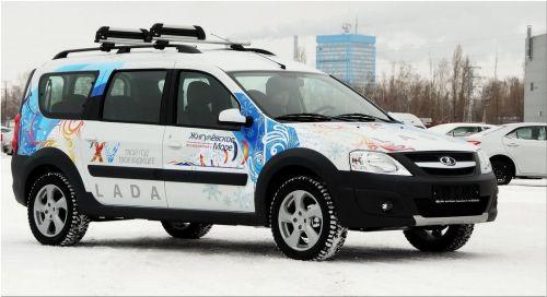 Lada Largus вместительный автомобиль для дачи