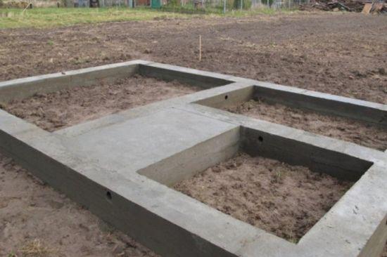 плитный фундамент для бани из бруса