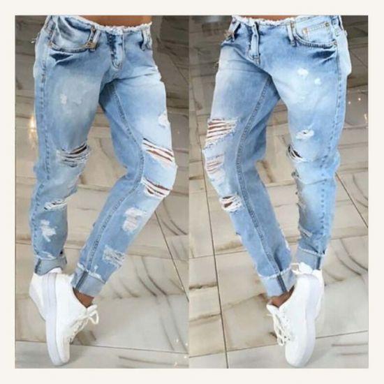 в клуб в рваных джинсах
