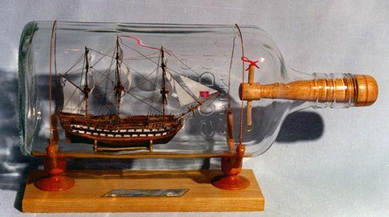 Собирание кораблей в бутылке