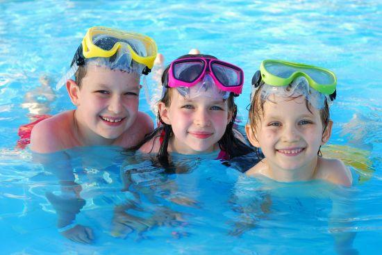 плавание с детьми