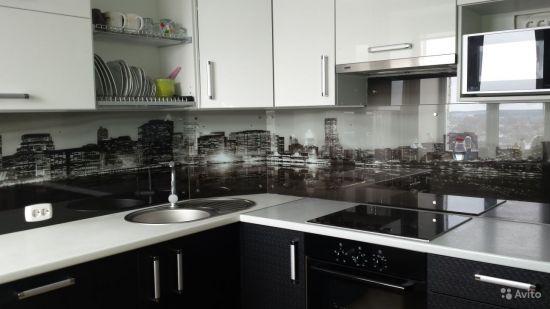 закаленное стекло цвета «ночи» кухня