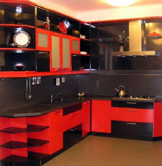 кухня черно-красного цвета