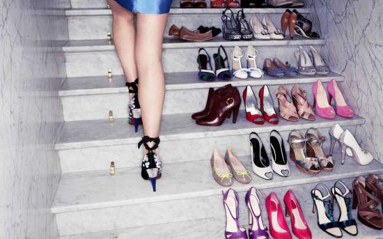 Женщина в туфельках