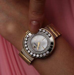 Женская модель часов Swarovski