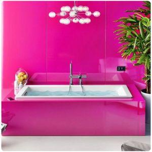 ванная в цвете фуксия