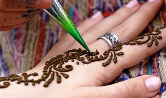 Как создать татуировку с помощью хны