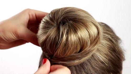 Как красиво убрать волосы