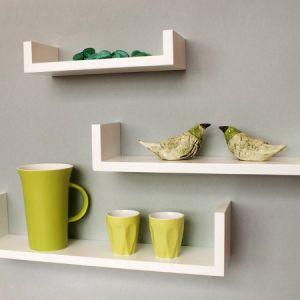 Полки на кухне: новый способ декора помещения
