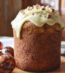 Рецепт кулича с орехами и молочным шоколадом