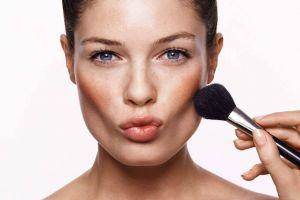 Как с помощью макияжа сделать лицо стройнее