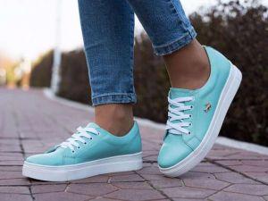 Модные коллекции женской обуви Lacoste
