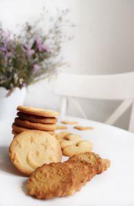 Печенье хрустящее малиново-лимонное