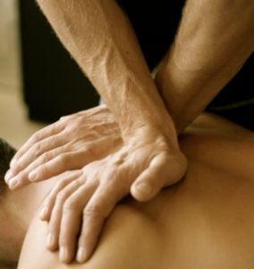 Особенности работы мануального терапевта
