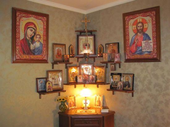 Иконы в доме: как правильно их размещать