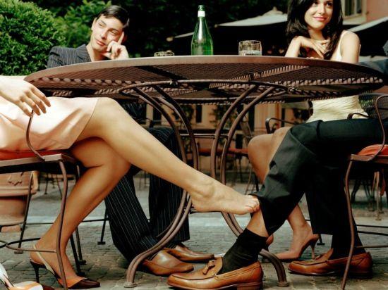 Как соблазнить мужчину на романтическом ужине