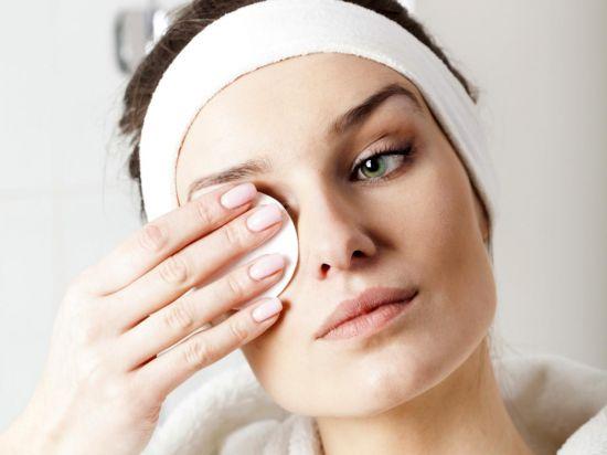 Правильное очищение кожи лица