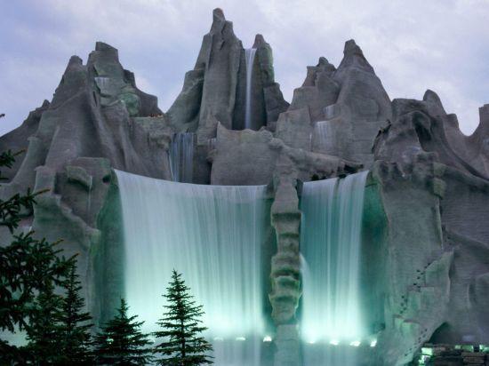 Достопримечательности, отели, рыбалка, природа Канады