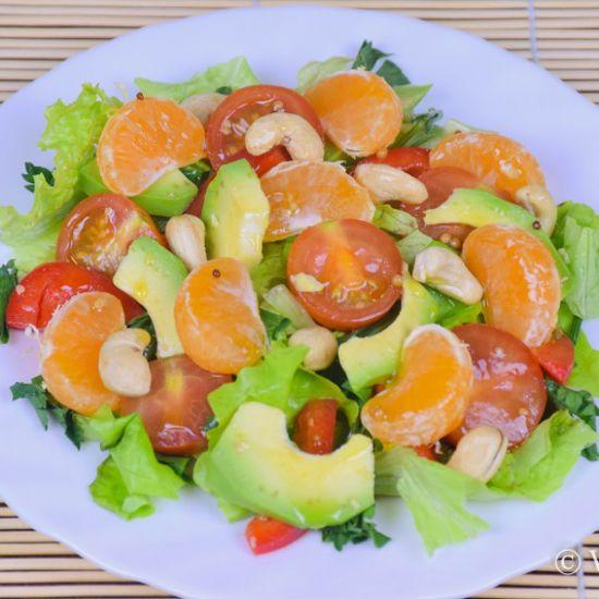 Овощной салат с мандаринами