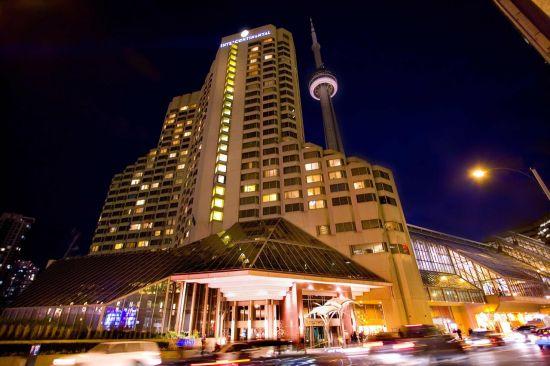 Отели в Торонто