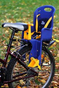 Как крепится детское кресло на велосипед?