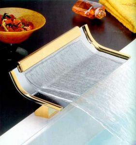 Водопад - смеситель для ванны