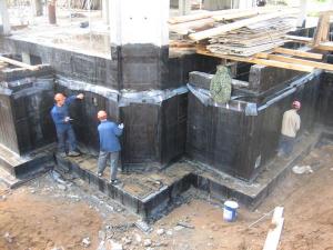 Гидроизоляция конструкций фундамента для коттеджа