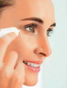 Увлажнение и правильный уход – верный способ сохранить красоту кожи лица