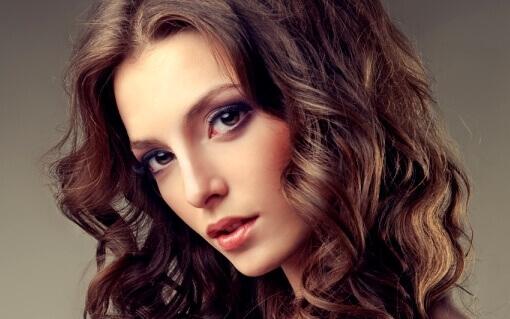 Как накрутить волосы утюжком для волос