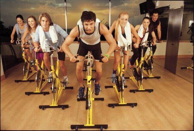 Сайклинг – гонка на велотренажерах