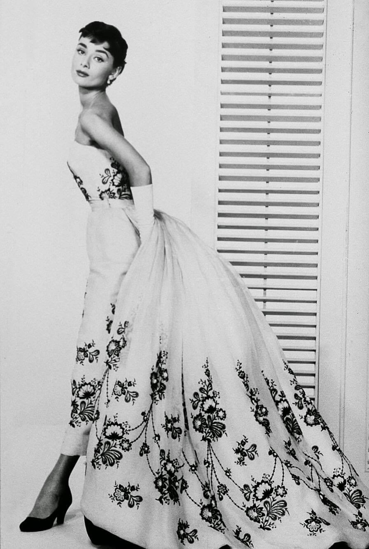 Знаменитые женские платья, покорившие мир