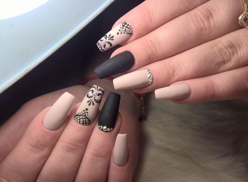 Ногти формы «балерина»