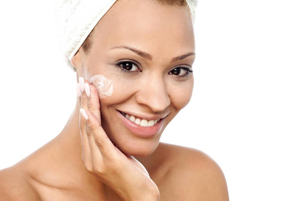 Ретиноевая мазь как эффективный и недорогой метод омоложения кожи