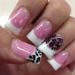 Какой выбрать маникюр на широкие ногти: особенности оформления